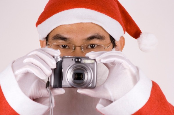 Choosing Digital Camera as a Gift For Christmas 2010