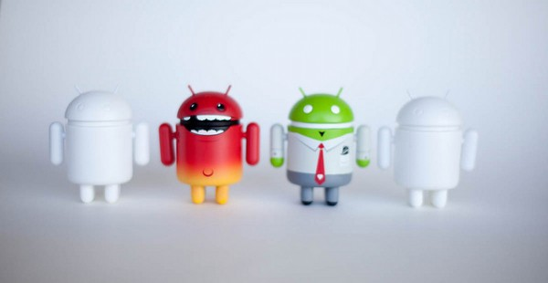 Comparing Android Smartphones Below the $450 Mark