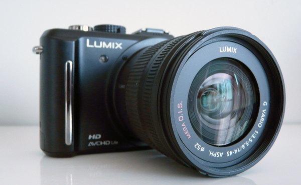 Panasonic LUMIX GF1 with Interchangeable Lenses