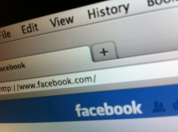 How to use Facebook to get Traffic to your Blog