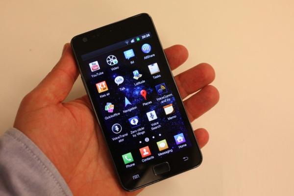 Samsung_Galaxy_S_II__I9100_image1897_600x400