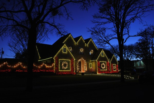8 Benefits You can Enjoy with LED Christmas Lights Only