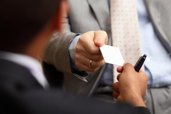 8 Effective Tips for Business Card Design