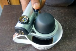 Make Coffee At Anytime, Anywhere With EspressoHandpresso